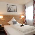 15 09 K 261 Renovierung Hotel Lamm Hegnach Bitte für zwei Seiten ausreichend Bilder machen, ca 10 Stück. Gästezimmer Neubau