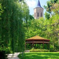WN_Talaue_Blick_mit_Pavillon_auf_Michaelskirche