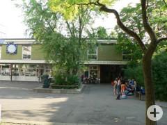 Staufer-Gymnasium