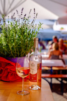 Wein und Lavendel