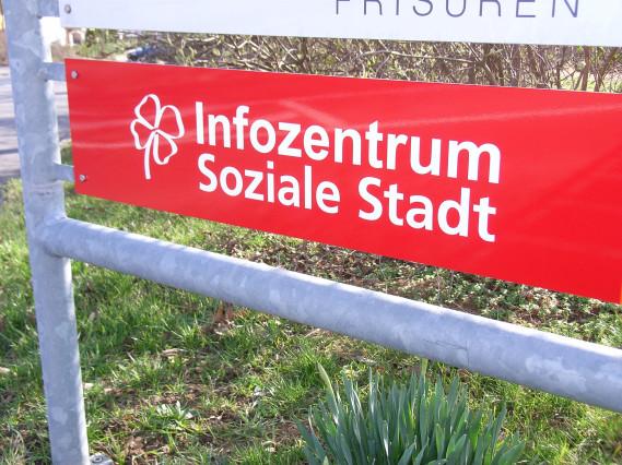 Hinweisschild Infozentrum Soziale Stadt WN-Süd